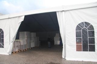 אחסון ציוד באוהל
