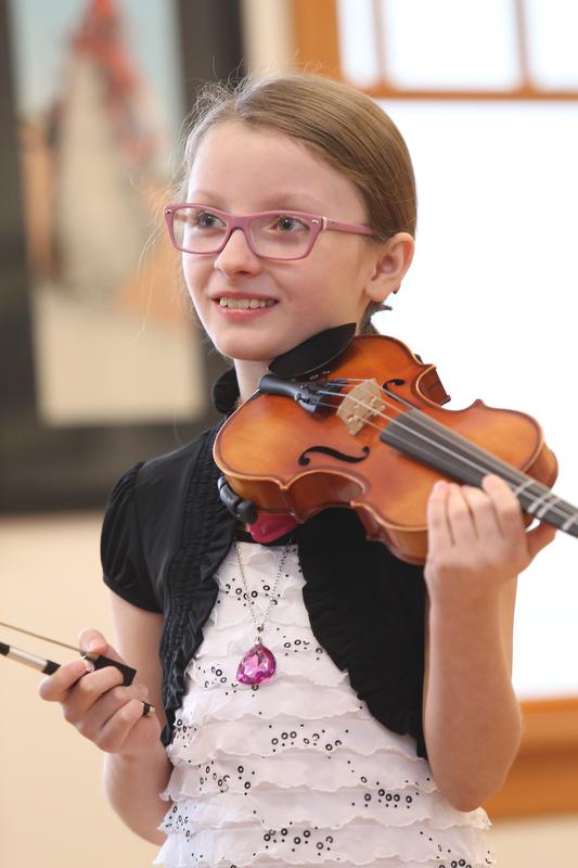 Violin_Holiday_Recital017