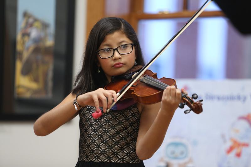 Violin_Holiday_Recital116