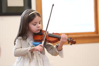 Violin_Holiday_Recital005.JPG