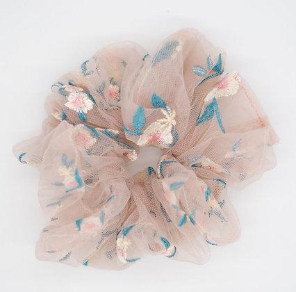 Daisy Cloud Scrunchie-pink