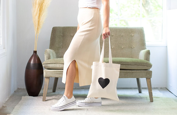 Love Tote-black