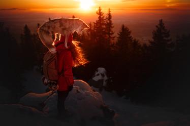 PETS_W_PEOPLE_Winter-sunset_VS.jpg