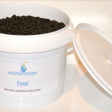 Débuter en aquaponie: bien gérer l'alimentation des poissons