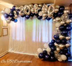 Balloons arch