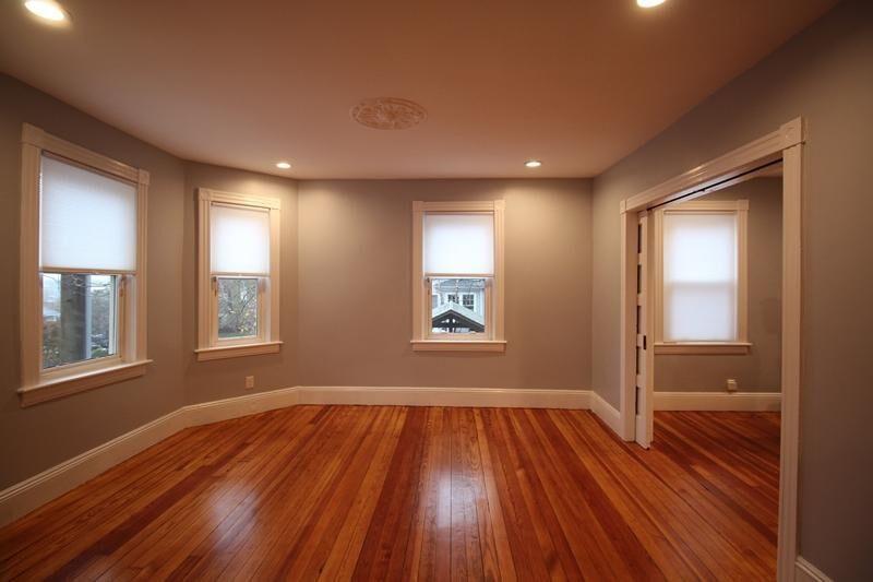 PrattStreet_Livingroom1.jpg