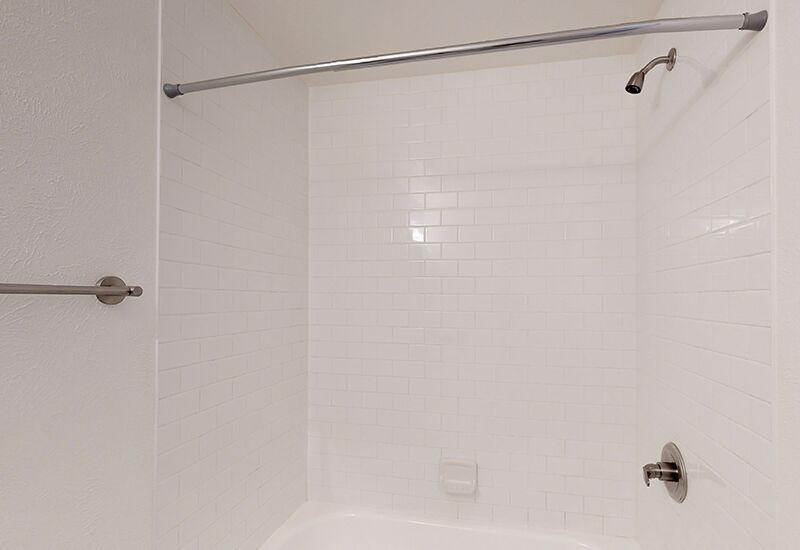 ReedPark_Bathroom4.jpg