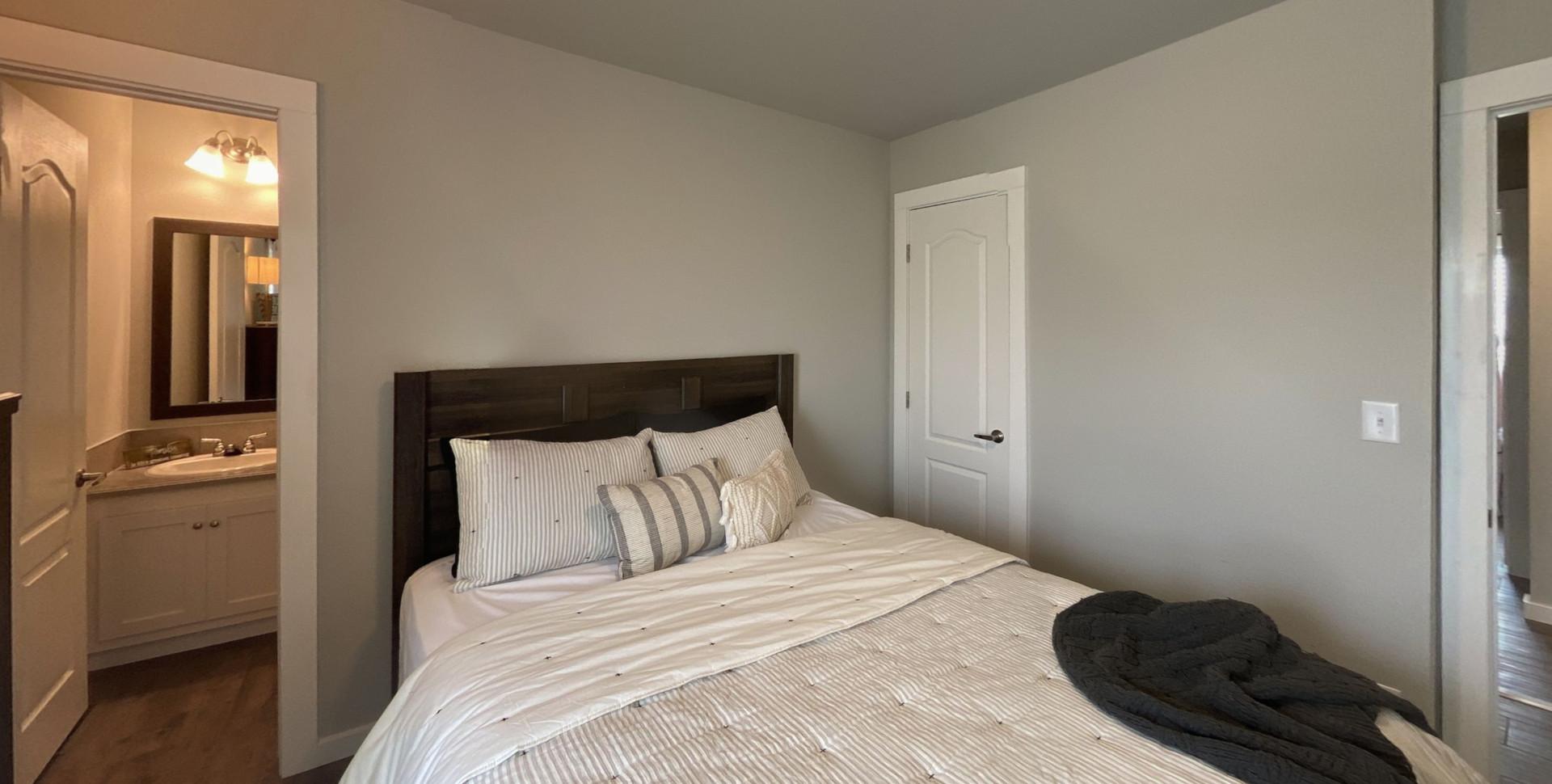 310-Omnia-Bedroom(1).jpg