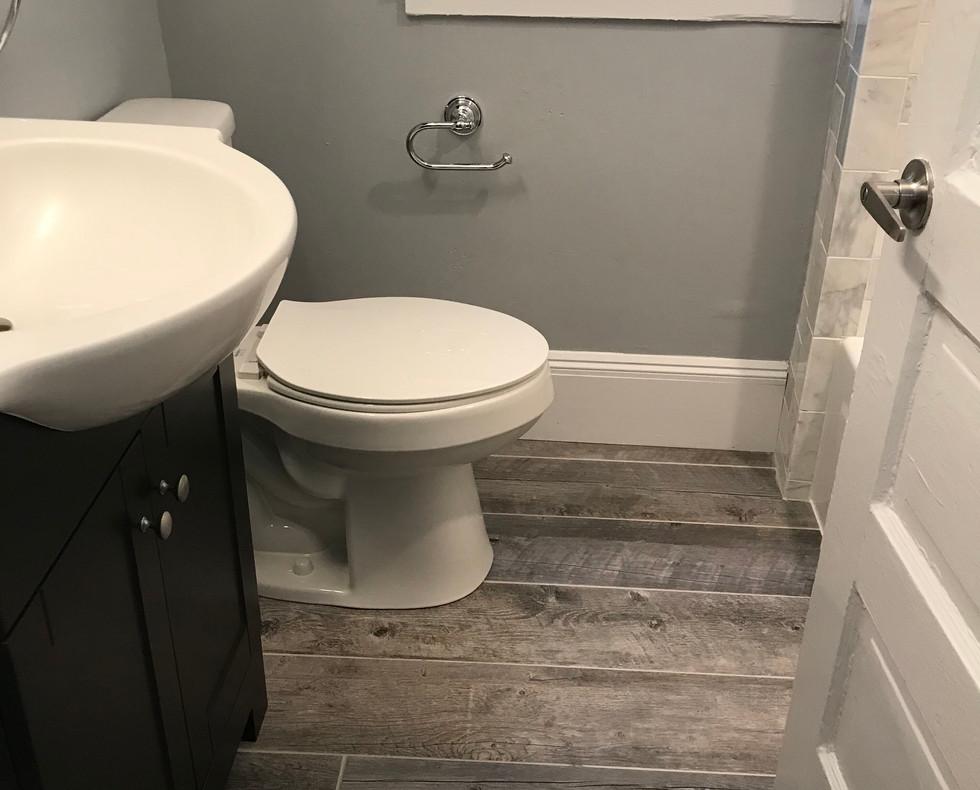 PrattStreet_Bathroom3.jpeg