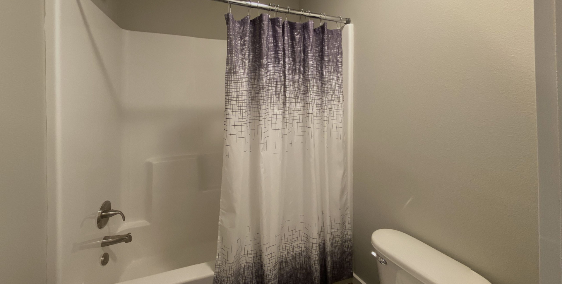 310-Omnia-Bathroom.jpg