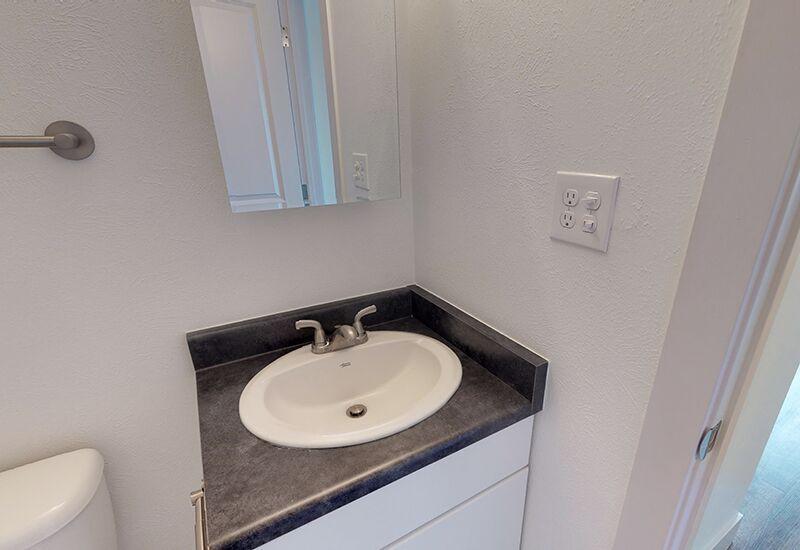 ReedPark_Bathroom3.jpg