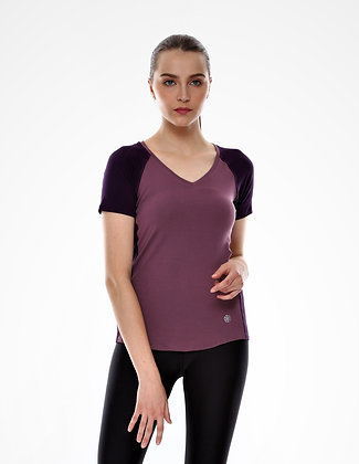 Poise Short Sleeves Top in Lavender