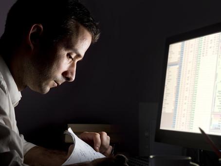 Saiba como funciona o trabalho noturno bancário