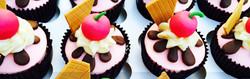 Cherry-Cupcakes