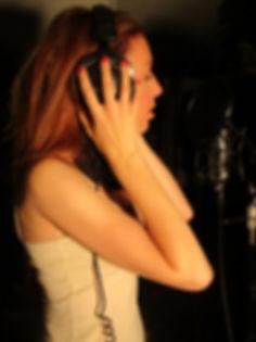 Lilasol-en-studio-3-768x1024.jpg