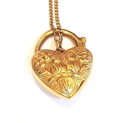 Altın Kalp Kilit Kolye