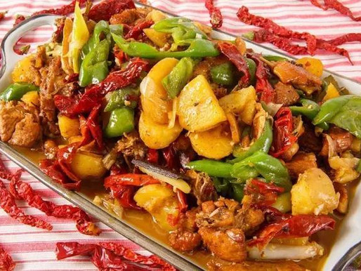 Le poulet du Xinjiang - Dapanji (大盘鸡)