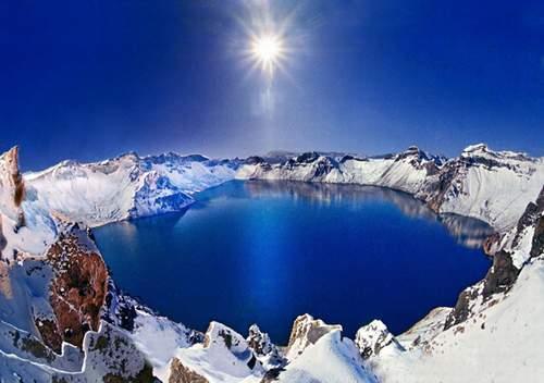 Le lac du Paradis du mont Changbai (长白山天池)