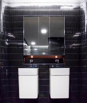 1 martin place bathrooms_7 (Medium).JPG