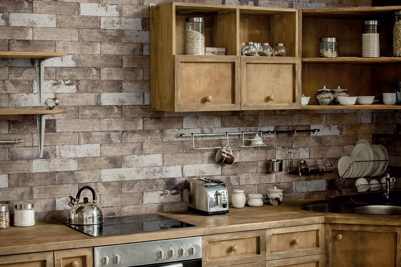 PAVE_BRICK_Amb_Bruciato_8x41_Kitchen.jpg