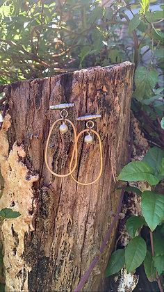 Dangle Oval Hoops (Pearls)