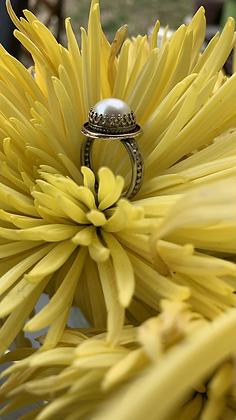 Regal Pearl Ring
