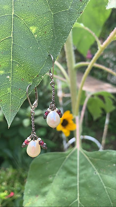 Rice Pearl Cluster Earrings