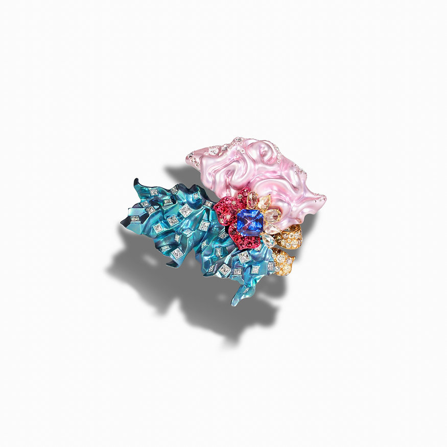 G SUEN 'Fabric' ring with titanium, 18ct gold, tanzanites, spinel and white, yellow and brown diamonds (top view)