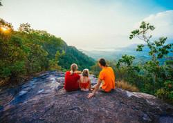 smoky-mountains-family-hiking