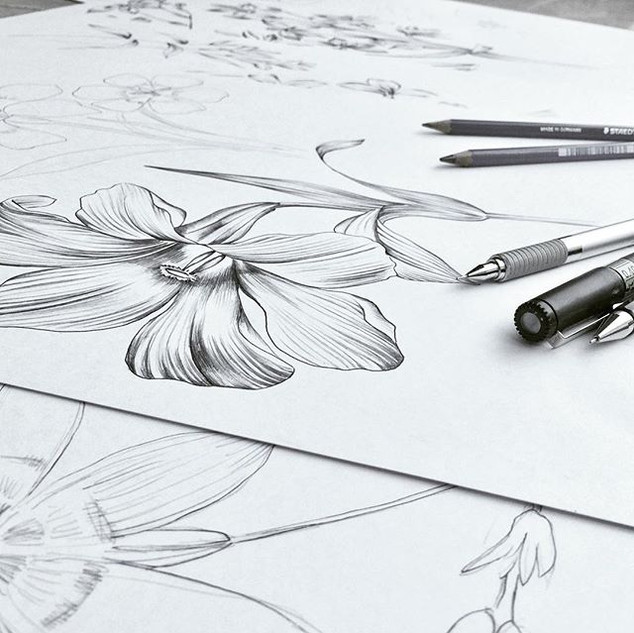 Sunday sketching! #dowhatyoulove #drawin