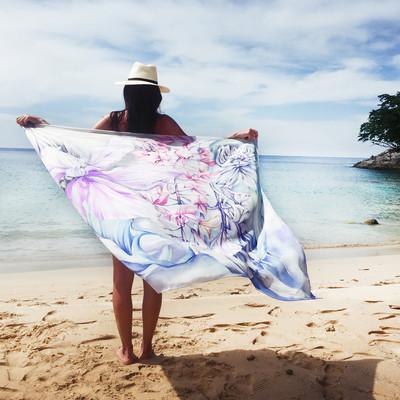 Dinali pink oversized_lifestyle shot.jpg