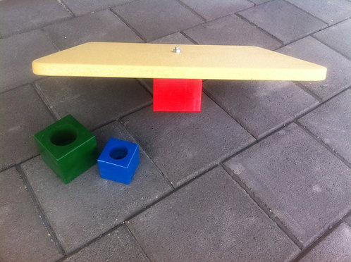 Wooden Balance Board with three difficulty levels