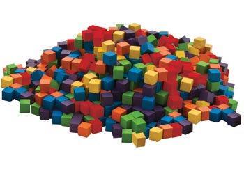 2cm x 2cm wooden cubes (100)