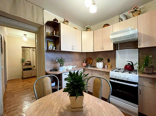 Двухкомнатная квартира в г. Новый Оскол пер. Павлова, 3