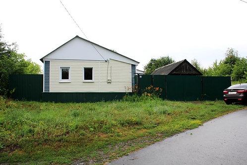 Дом в х. Погромец Новооскольского района Белгородской области