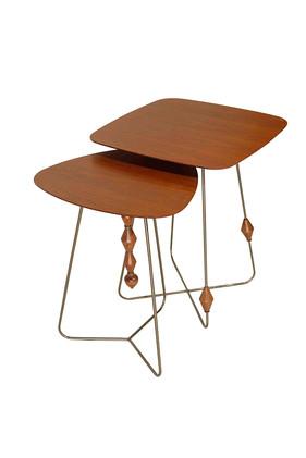 Mesa de apoio Tesbi com tampo de madeira