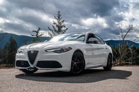 922420 2018 Alfa Romeo Giulia (22 of 30)