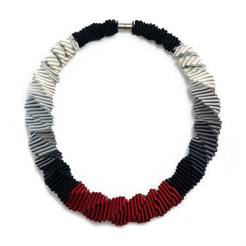 Ombre Red necklace