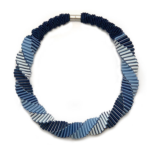 4-color Blue necklace