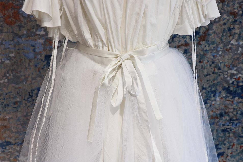 ドレス リボン.jpg