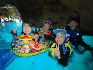 3歳と7歳の子供たちと沖縄青の洞窟シュノーケル