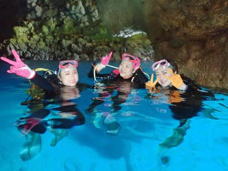 美人3姉妹と!青の洞窟ダイビング