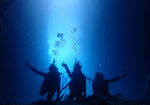 青の洞窟ダイビング.jpg