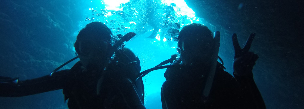 神秘の青の洞窟 入り口