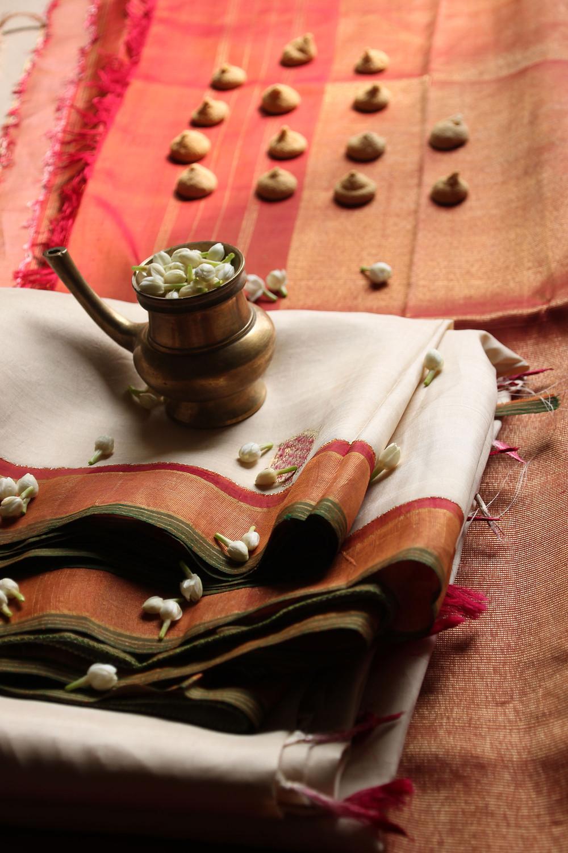 Studied the sari's design and symbolism