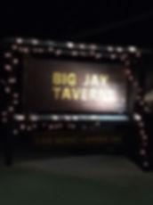 jay rentals - dining - big jay tavern.jp