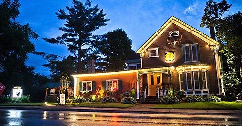 jay rentals - dining - the inn.jpg