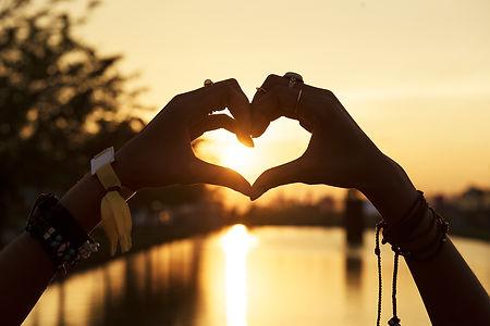 anapaula-meditation-love-menor.jpg