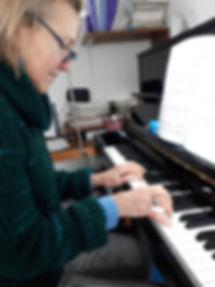 adult piano lessons in north london