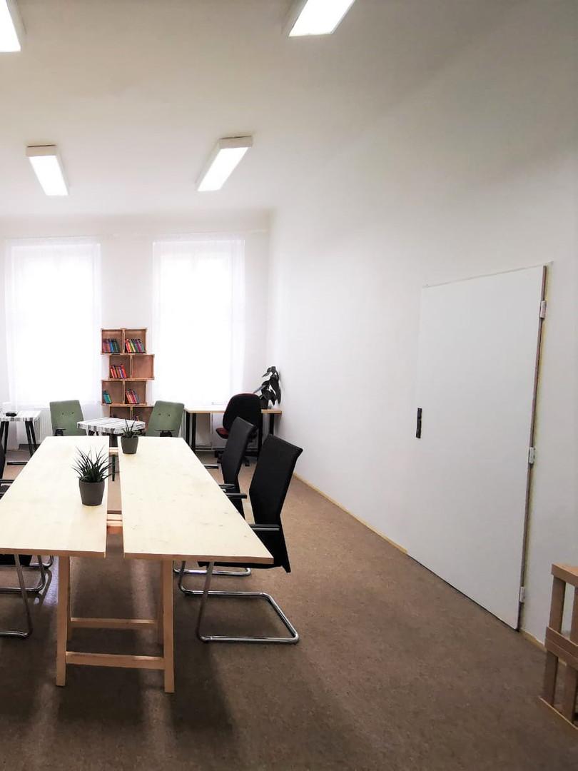 Co-kancelář v tiché kanceláři V34